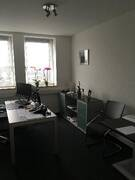 Büro 1.jpg